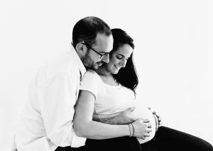 sussex maternity photographer Beth Moore